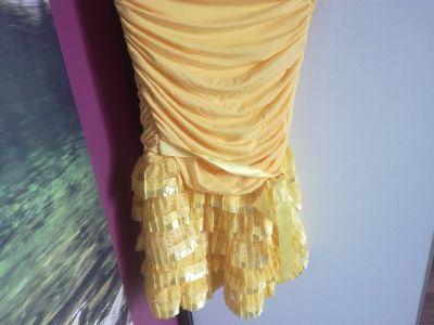 Suknie i sukienki Sukienka z Falbana