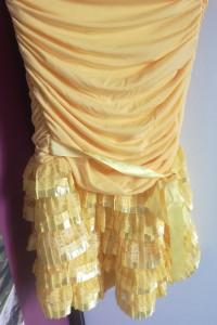 Sukienka z Falbana