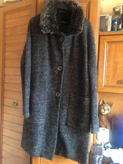 Odzież wierzchnia Zara płaszczyk bukle 42 44