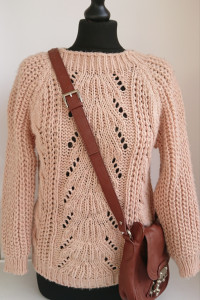 Sweterek wełniany