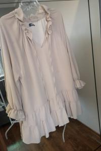 Bocca beżowa sukienka z falbankami