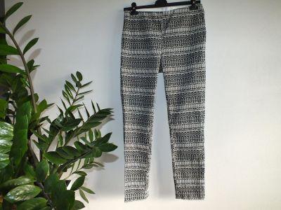 Spodnie Spodnie w azteckie wzory r 40 42