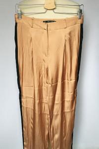 Spodnie Lampasy Zara M 38 Połyskujące Proste Nogawki...