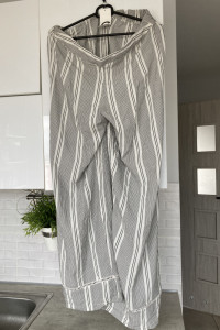 Cubus nowe spodnie luźne paski