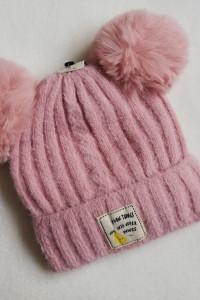 czapka zimowa dziecięca pompony