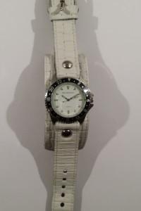 Nowy skórzany zegarek Red Monkey biały...
