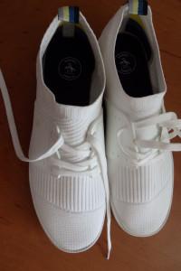 Buty firmowe