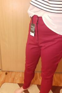 Spodnie bordowe rozmiar L
