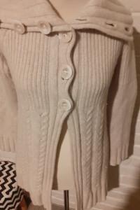 Sweter...