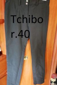 Spodnie Damskie Czarne Ocieplane Wąskie 40 Nowe Tchibo