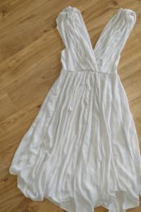 Piekna nowa sukienka Asos rozmiar 38...