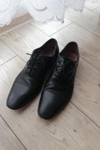 Buty skórzane Gino Rossi czarne rozmiar 41