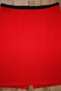 Czerwona dzianinowa 46 48...