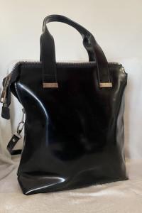 Simple pojemna czarna skórzana torebka
