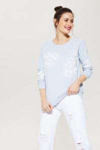 Bluza z kwiatową aplikacją