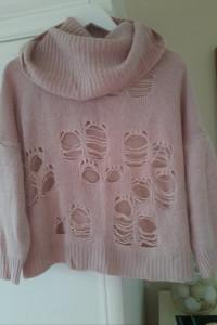 Sweter z dużym golfem L...