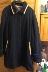 Luksusowy wełniany krótki płaszcz 48 50 52