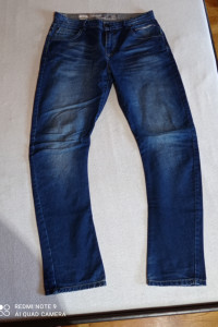 OutFitters Nation ciemny jeans