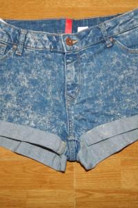 Divided by H&M krótkie szorty jeans roz 42...