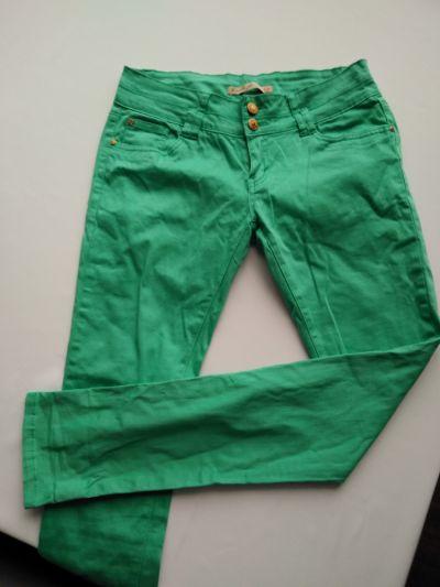 Spodnie Miętowe jeansy r 42