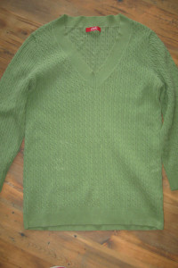 Sweterek rozmiar 36...