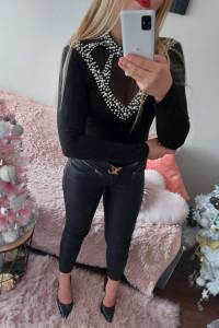 Piękna czarna bluzeczka białe perełki