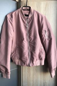 Różowa kurtka Reserved...