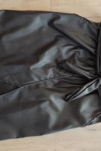 Spódnica skórzana czarna wysoki stan rozmiar M...