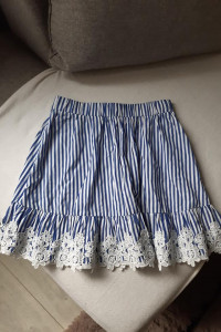 Sinsay spódnica z koronką paski...