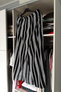 Sinsay Kopertowa spódnica z wiskozy na gumce pionowe pasy...