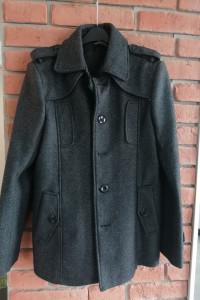 Płaszcz rozmiar M Carry...