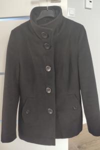Płaszcz czarny zimowy ciepły krótki guziki rozmiar S małe M...