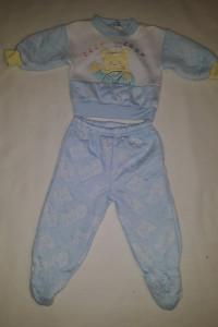 Błękitny komplet niemowlęcy...
