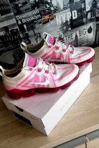 Buty damskie Nike Air VaporMax 2019 Pink Rise...
