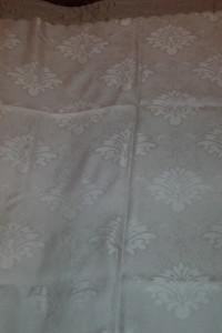Obrus biały poliester 130x150 cm...