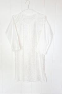 Nowa biała tunika indyjska S 36 M 38 bawełna haft biel kwiaty b...
