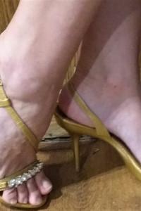 Złote szpilki sandały IsaDora r 38...