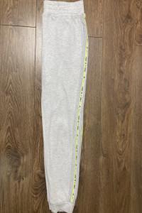 Spodnie dresowe Only Play S