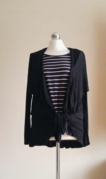 Codzienne Bluzka w paseczki i czarny bawełniany kardigan