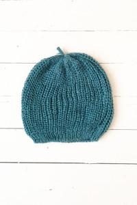 Turkusowa czapka