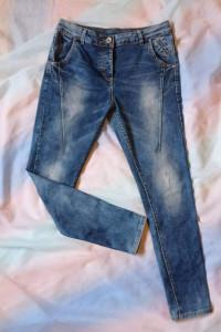 Damskie jeansy Lexxury