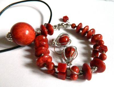 Komplety Komplet biżuterii z koralem wisior bransoletka kolczyki