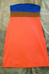 Sukienka podkreślająca kształty