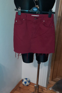 Topshop jeansowa mini dół postrzępiony 34