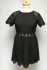 Sukienka Czarna NOWA Rozkloszowana Lipsy London S 36 Koronka...