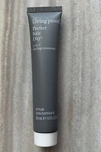 Living Proof Perfect Hair Day 5in1 Styling Treatment kuracja stylizująca