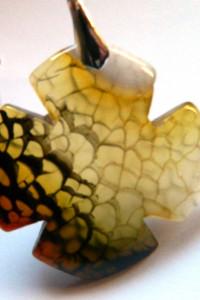 Miodowo szary agat pajęczy czterolistna koniczyna wisior
