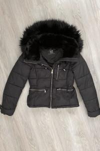 Zara czarna kurtka puchowa zimowa ciepła pikowana kożuszek futerko XS