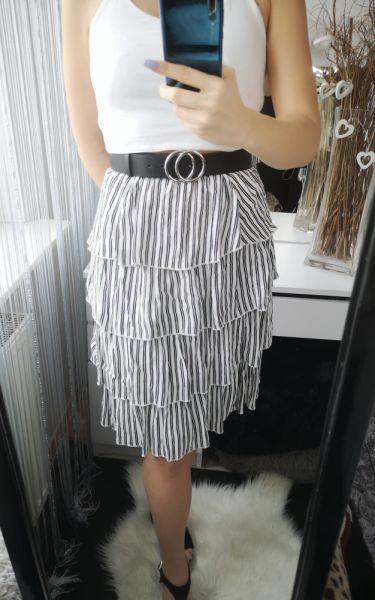 Spódnice Sinsay Spódnica damska przed kolano z falbankami paski S