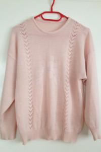 Oversize używany tani pudrowy róż sweter sweterek haft kwiat s m l 34 36 38 40
